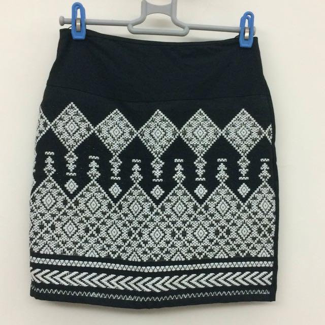 H&M 貼身彈性半截裙