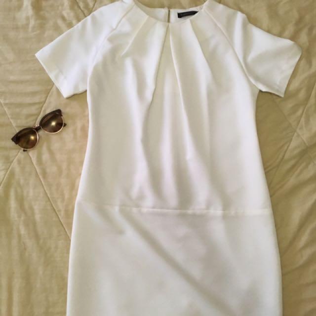 Karimadon White Dress