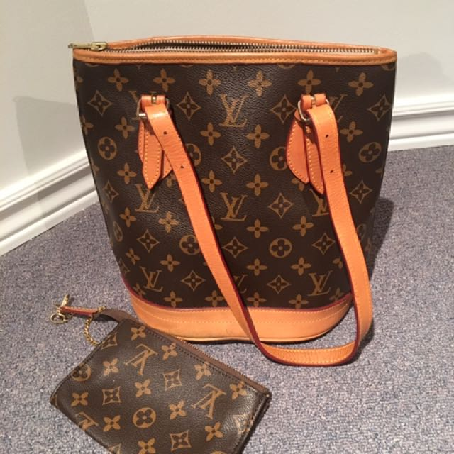LV Bag With Makeup Pouch