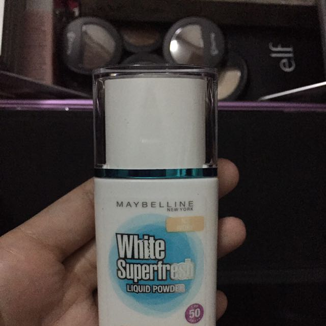 Maybeline White Superfresh Liquid Powder