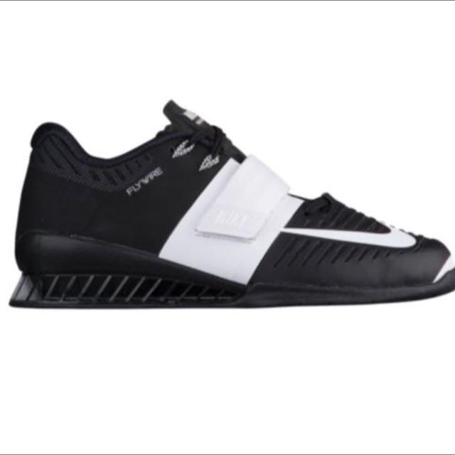Nike Romaleo 3, Women's Size 9, Brand New