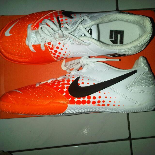 Sepatu Futsal NIKE Elastico Original fe7298c9ba