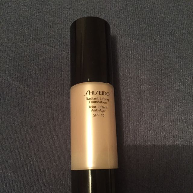 Sheseido Radiant Lifting Foundation