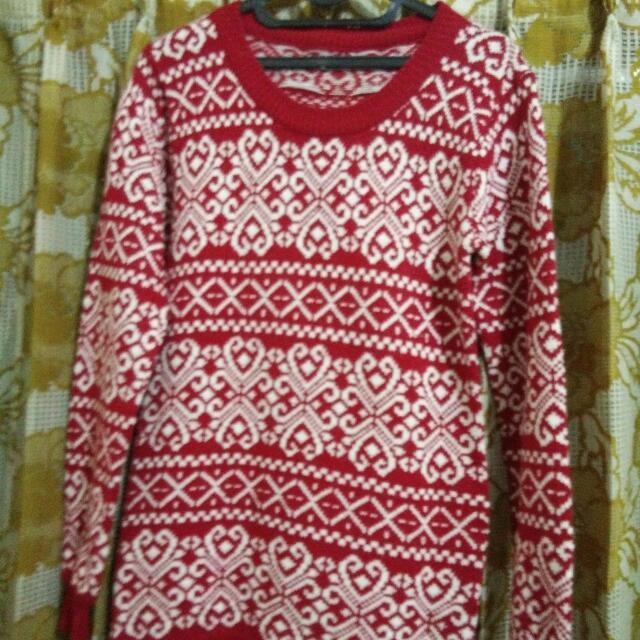 Sweater Rajut Merah