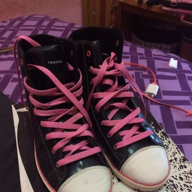 Tomkins Sapphire Black&pink