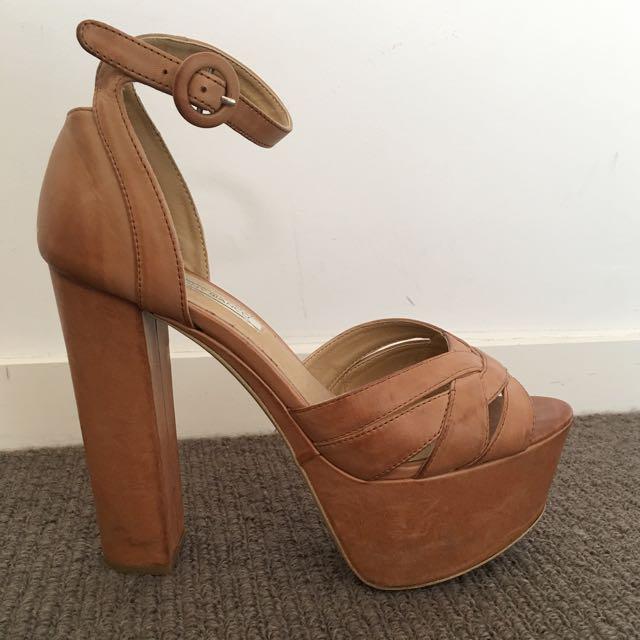 Tony Bianco heels S8