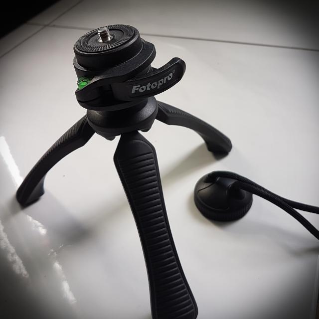 Tripod Mini w/ WaterPass