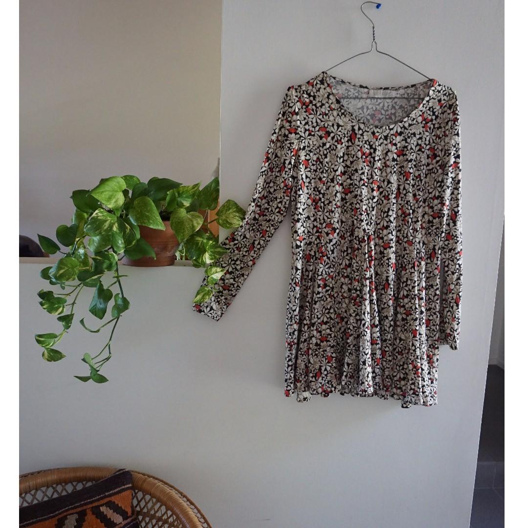 Vintage Long Sleeve Mini Floral Dress