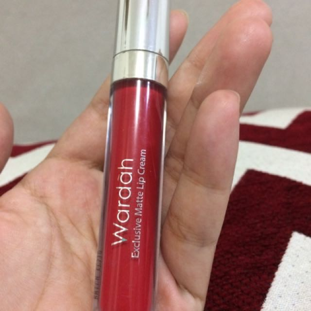 Wardah Exclusive Matte LIP CREAM 06