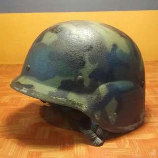 Military Helmet 1987. Kevlar. Size M Collectible