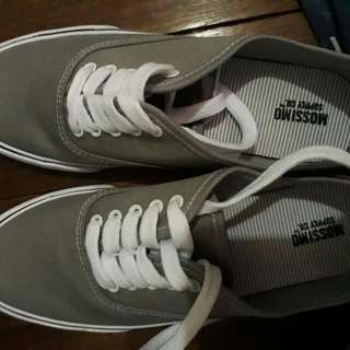 Mossimo Vans Like Rubber Shoes
