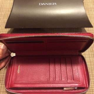 BNWT Danier Leather Wallet