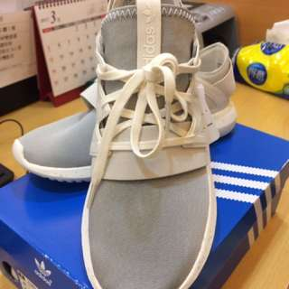 🚚 Adidas 好穿搭潮鞋