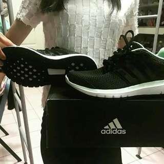 Adidas 女鞋
