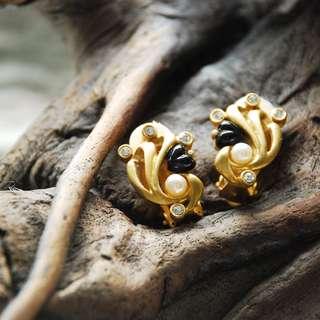🚚 {:::Giraffe 長頸鹿人:::}_愛心海浪古董耳環