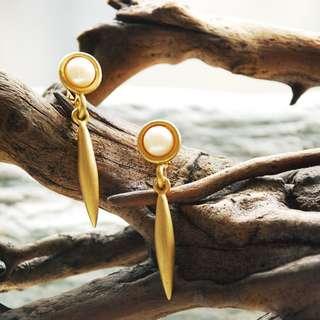 {:::Giraffe 長頸鹿人:::}_簡約造型古董耳環