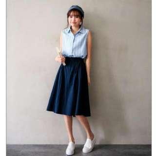 直條紋無袖襯衫+雙口袋打摺中長圓裙 洋裝