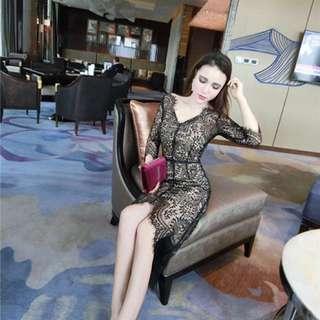 V領眼睫毛蕾絲修身連衣裙+吊帶裙套裝