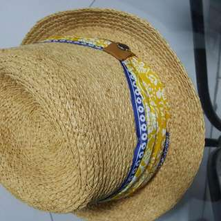 Massimo Dutti's Weekend Hat