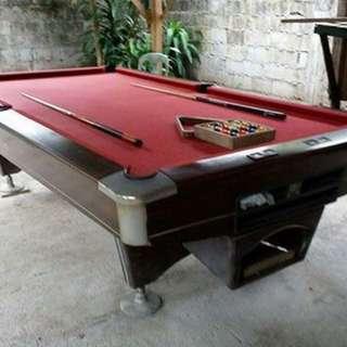 Hollywood billiard table