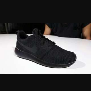 Authentic.Nike ROSCE one