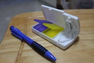 100% 全新 方型雙盒 帶刀片 切片功能 新型藥盒 切藥盒 收納盒 切藥器 包郵 Drugs Cutter/Container Box