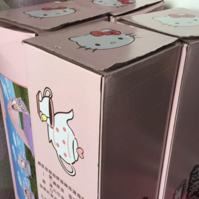 現貨-7-11櫻桃小丸子& Hello kitty 折疊椅