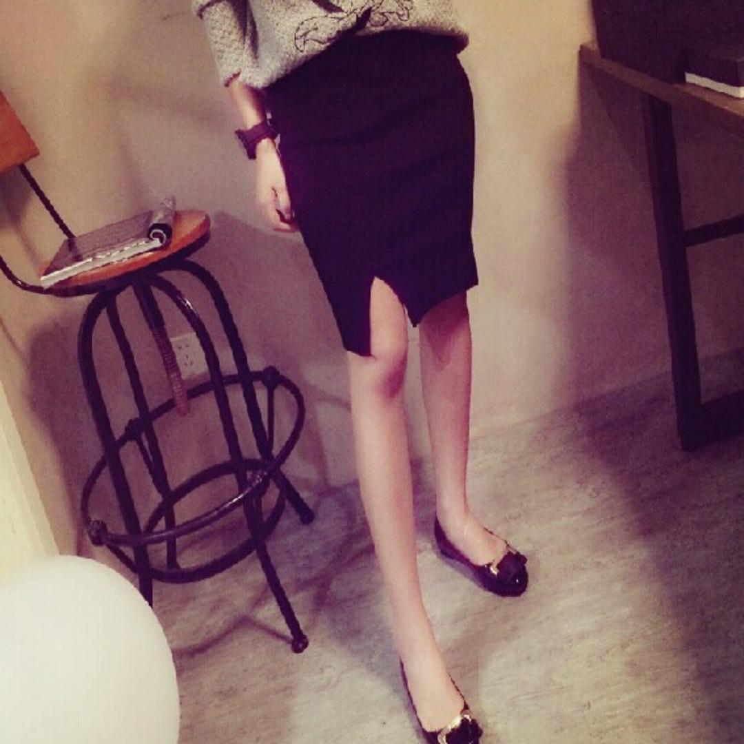 轉賣 淘寶 韓版超顯身材前開叉修身顯瘦包臀針織窄裙 黑色&深灰色