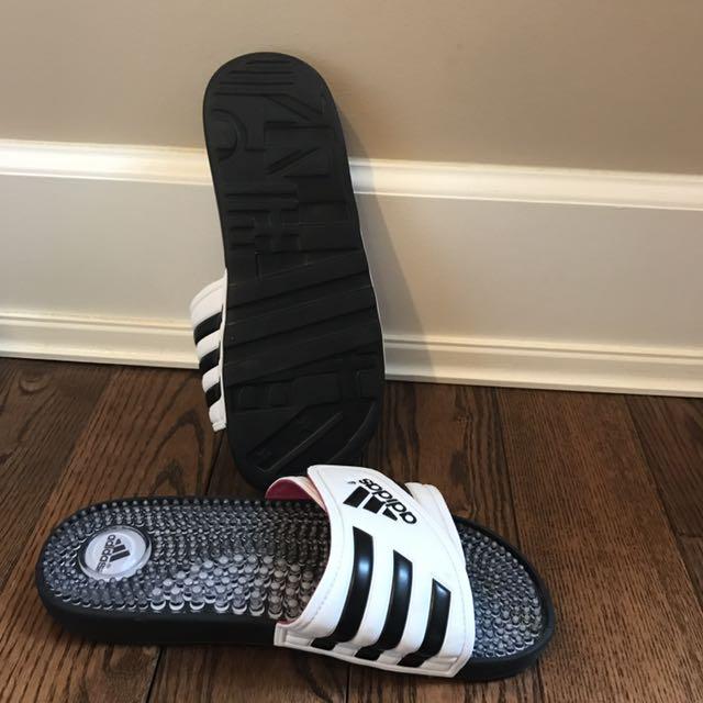 Adidas Size 7 Slip Ons