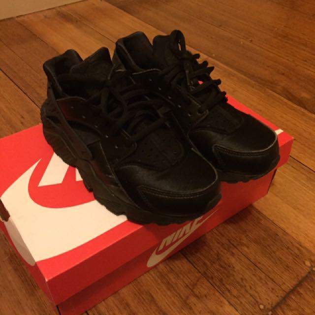Black Nike Huarache Sneakers