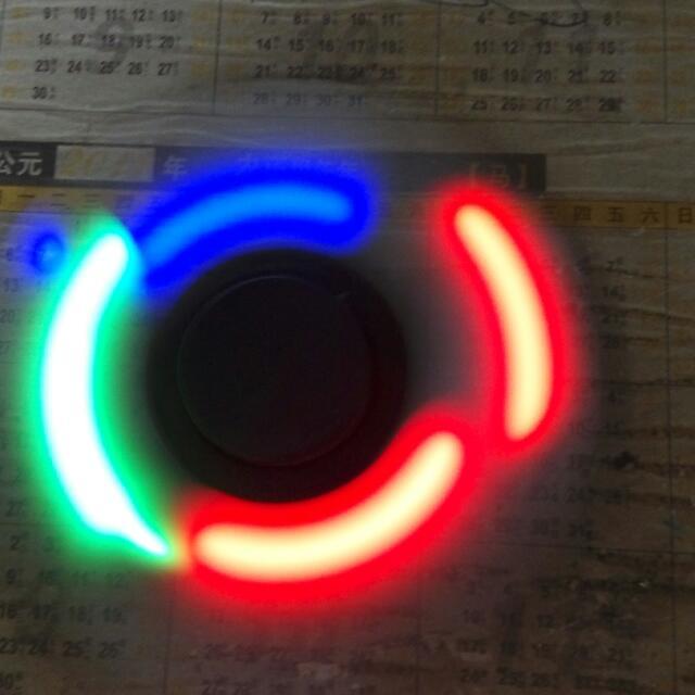 FIDGET SPINNER (LED)