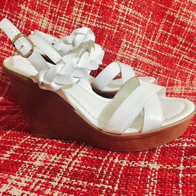 Shoes (Alberto Wedge)