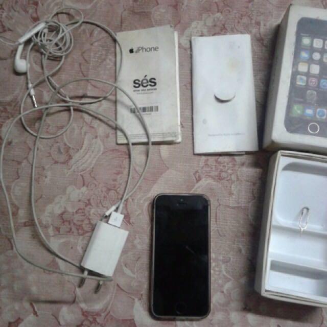 iPhone 5s 32gb Black Silver