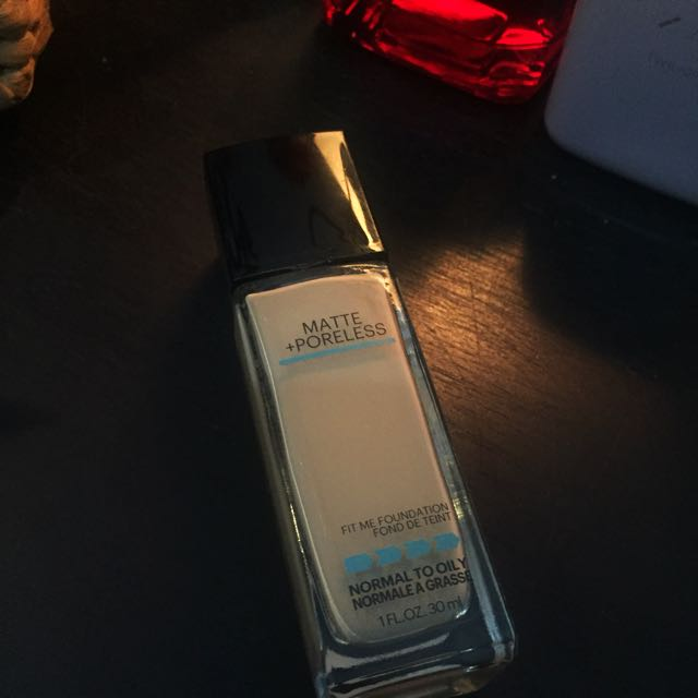 Maybelline FIT me - Matte+Poreless Shade 128