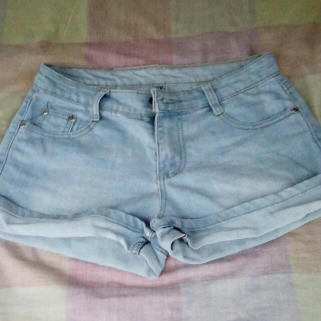 Preloved Short