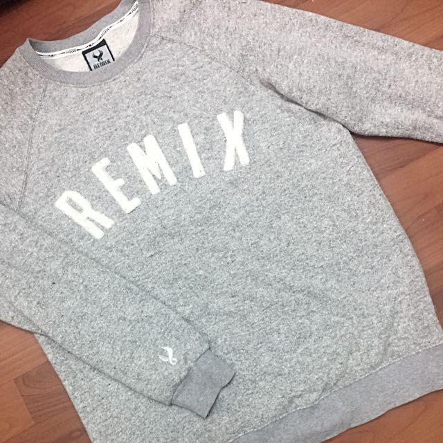 Remix Taipei Sweater 大學踢 黃金二手M號