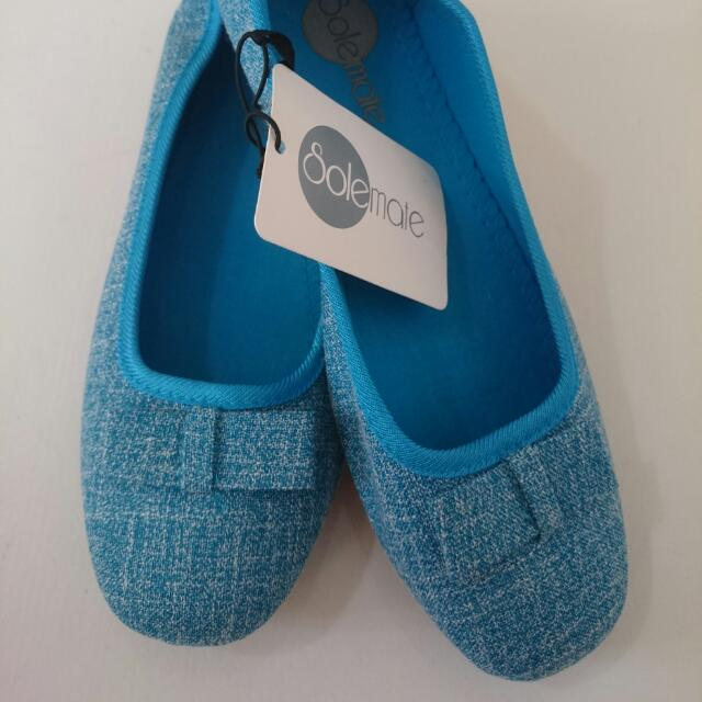 SALE 50% Off Brand New Size 9 SOLEMATE  / BLUE / FLAT / DOLL SHOES / LADIES  / GIRLS WOMENS / SHOE / BOW