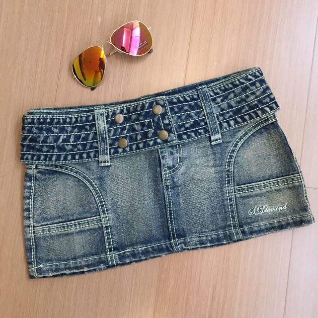 SexyDiamond(MJR) 牛仔洗舊寬版排扣腰帶短裙