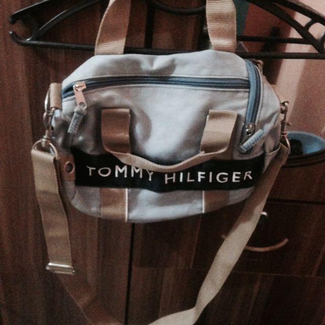 Tommy Hilfiger Mini Travel Bag