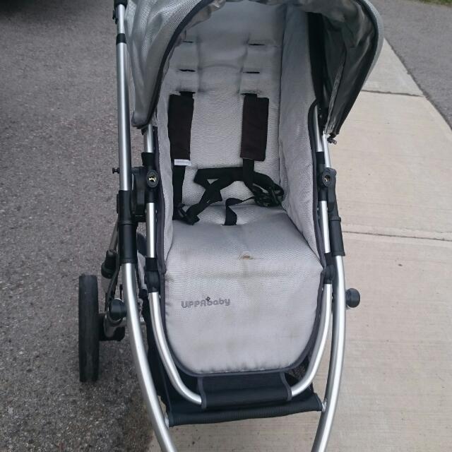 Uppababy Vista Stroller. 2010
