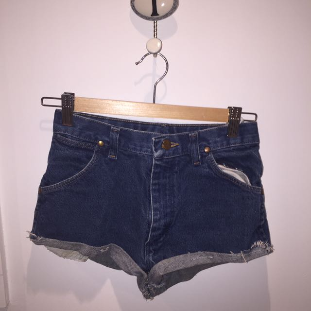 Wrangler Shorts - Urban Outfitters