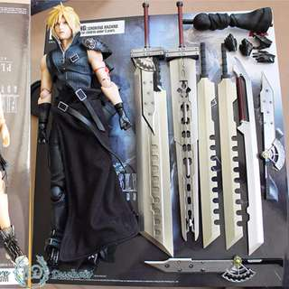 FINAL FANTASY® VII PLAY ARTS -KAI- CLOUD STRIFE
