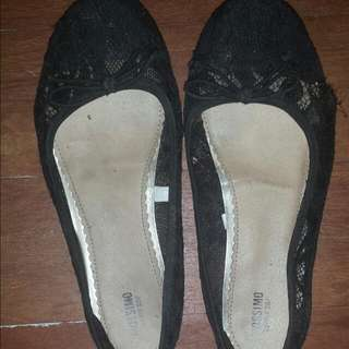 MOSSIMO FLAT SHOES