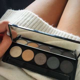 Witchery Eyeshadow Pallette
