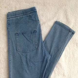 (RESERVED) H&M Jeggings