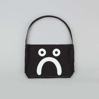 (急徵急急急)(收) polar happy sad tote bag(如果你要賣我我一定會買拜託等我回覆不要賣給別人)