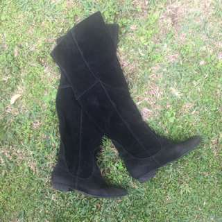 🌷REDUCED 🌷Over the Knee High Suede Black Boots