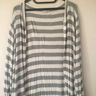 grey stripes cardigan ✨
