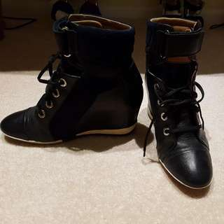 Boots - Wedges Style
