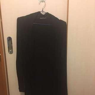Cotton on 黑色外套
